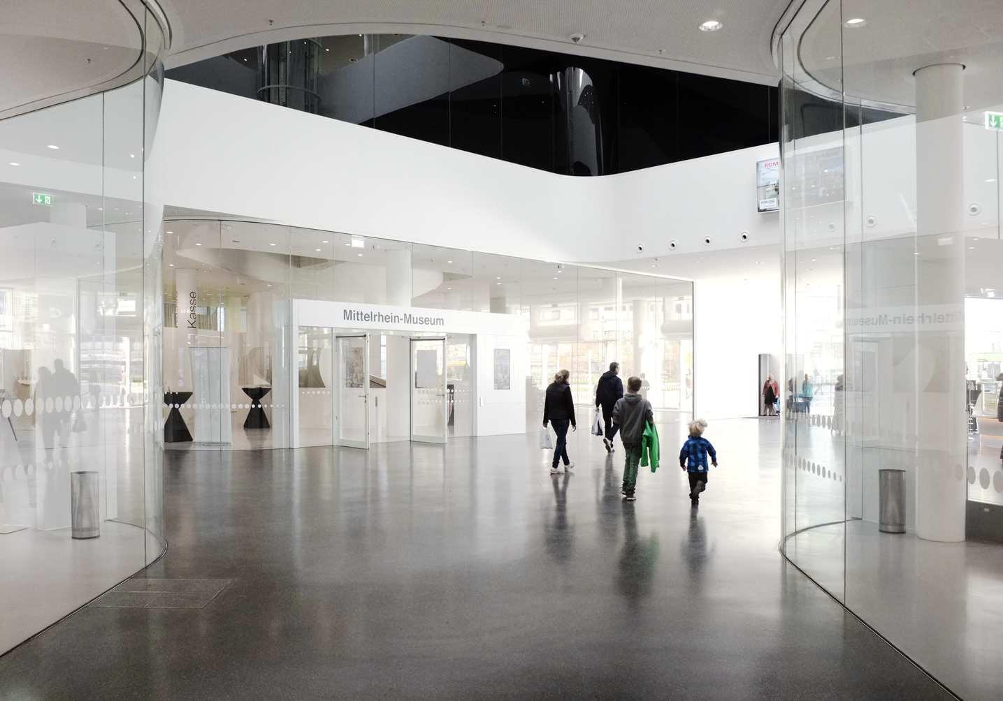 wayfinding-lobby-7-1435x1004px
