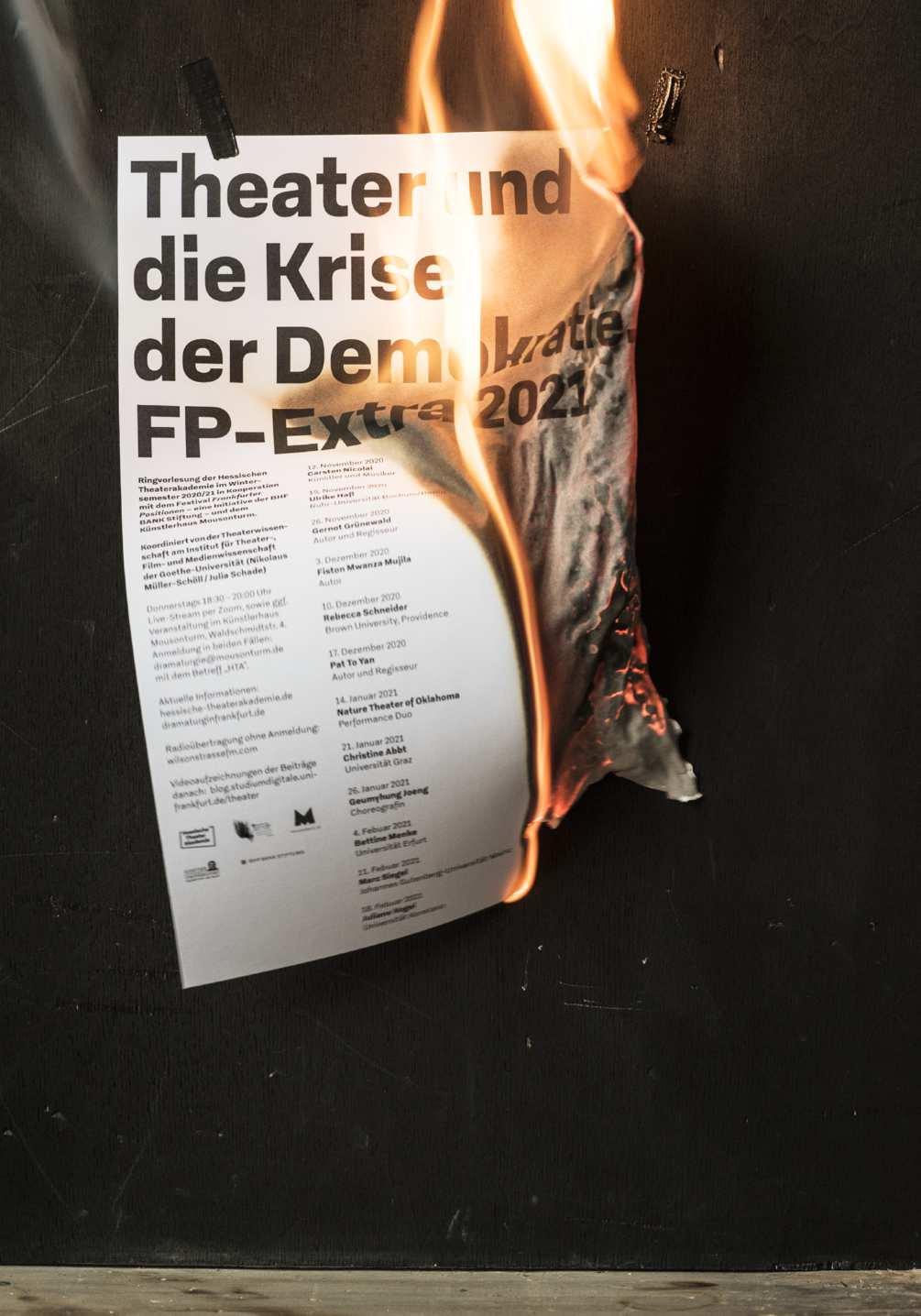krise-der-demokratie-photo-06-1005x1436px