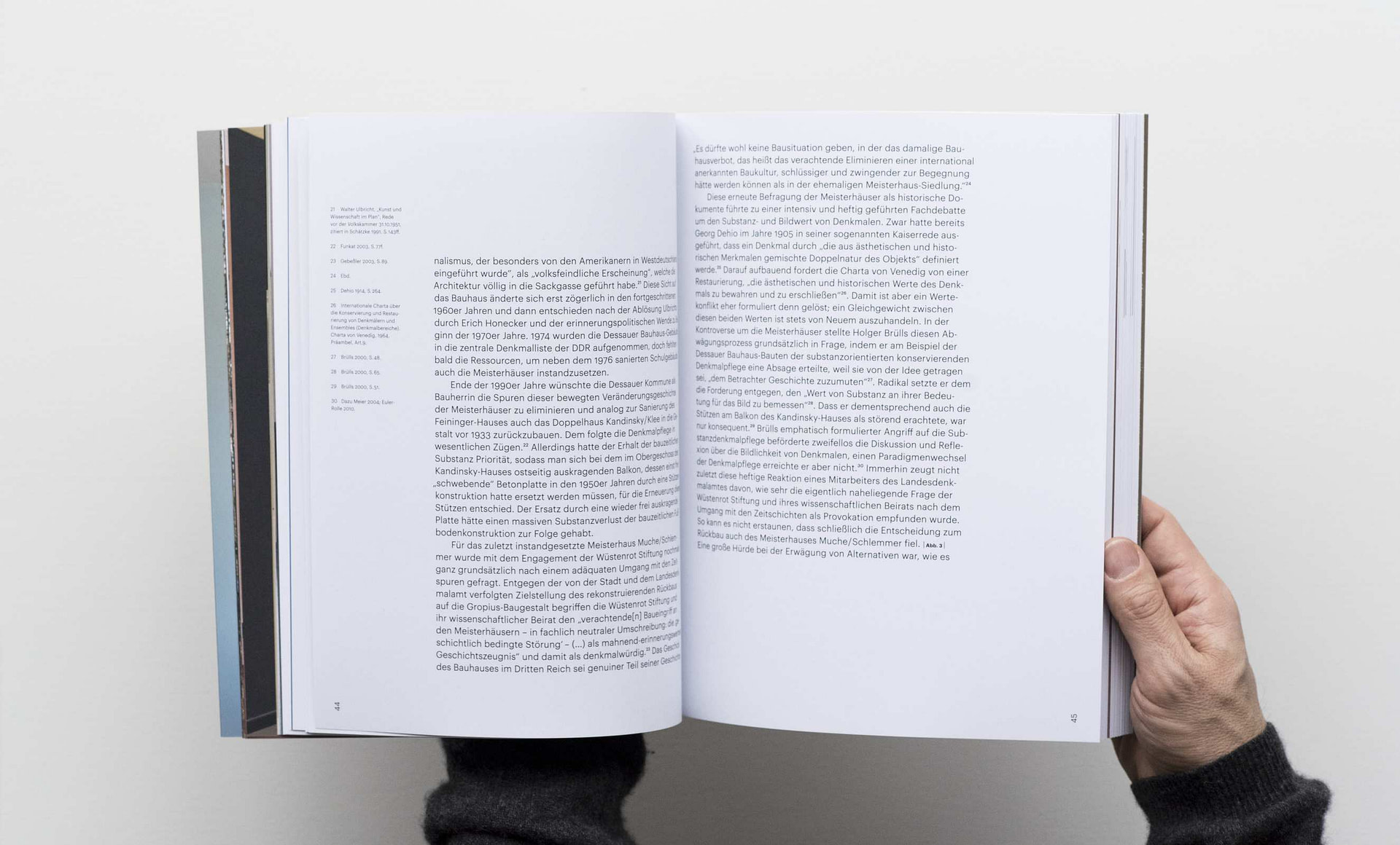 meisterhaus-kandinsky-klee-book-7-2650x1600px