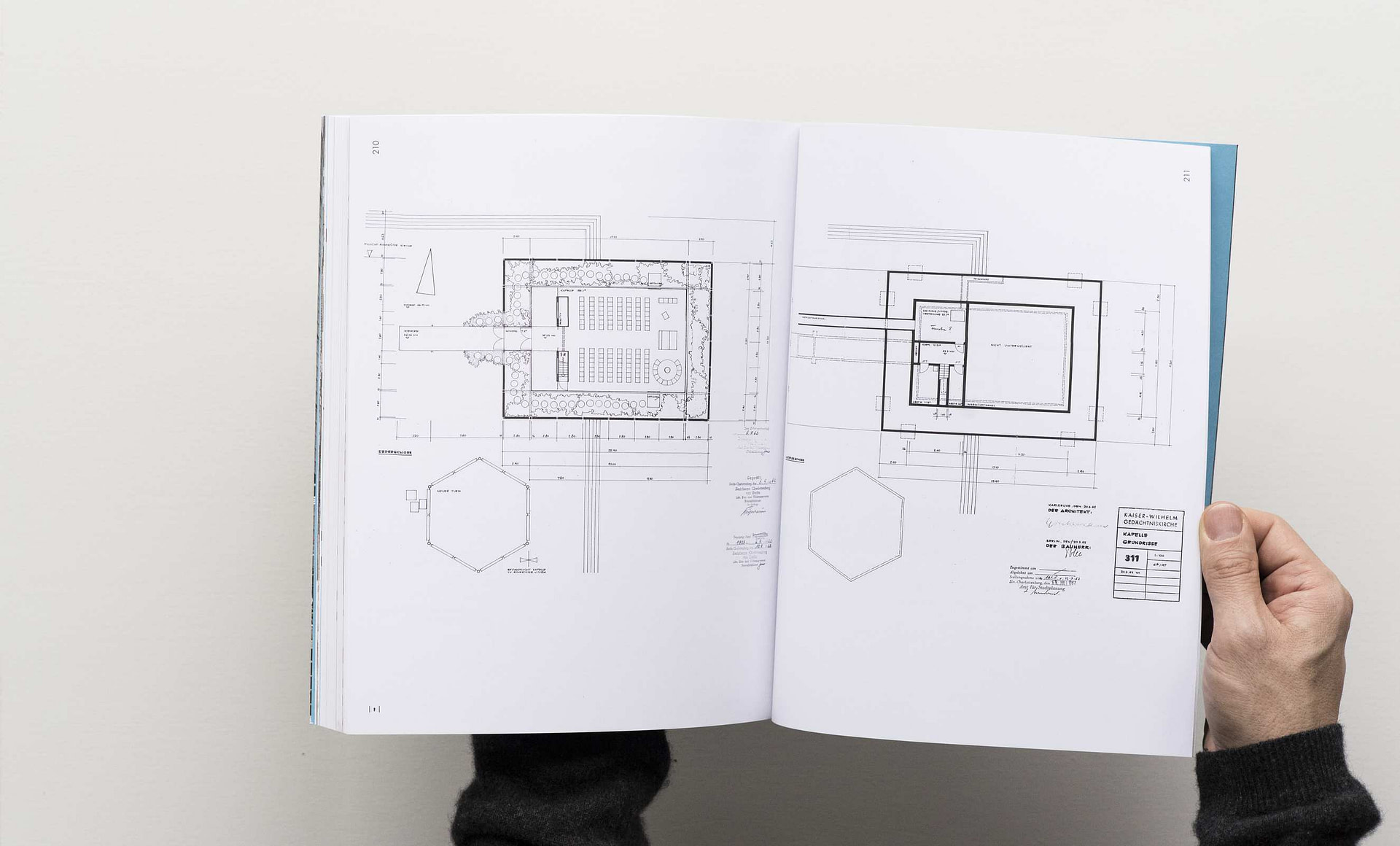 kaiser-wilhelm-memorial-church-book-21-2650x1600px